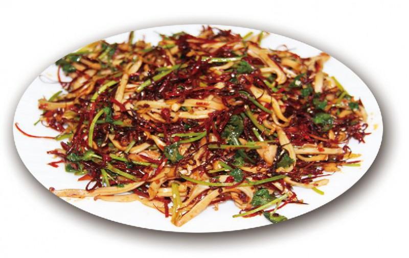 Жареный кальмар с сухим красным перцем с кинзой