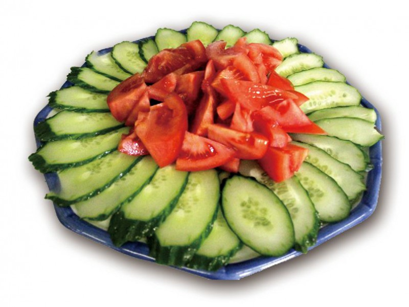 Салат помидоры с огурцами