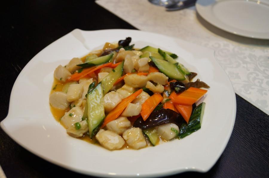 Гребешок с овощами