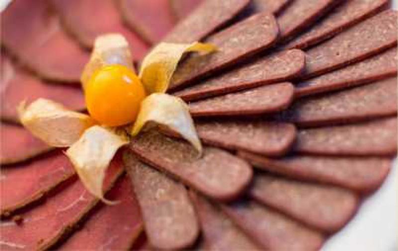 Деликатесы из телятины суджук и бастурма