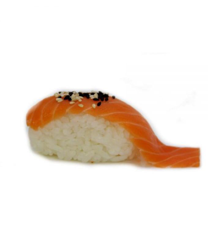 С копченным лососем