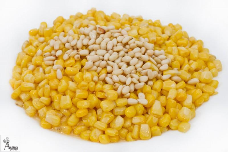Кукуруза с кедровым орехом